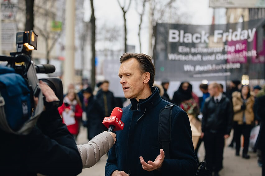 ORF Interview Black Friday - Mag. Roman Kmenta