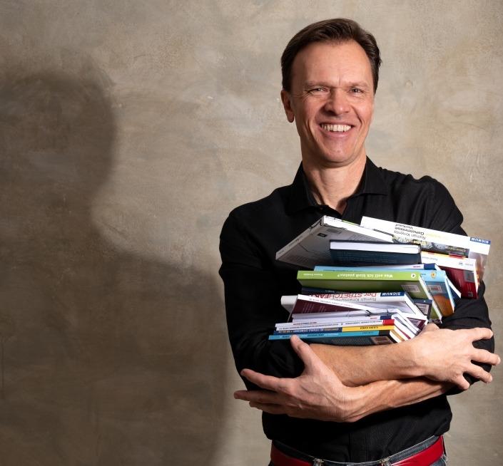 Mag. Roman Kmenta - Bestsellerautor und Vortragsredner